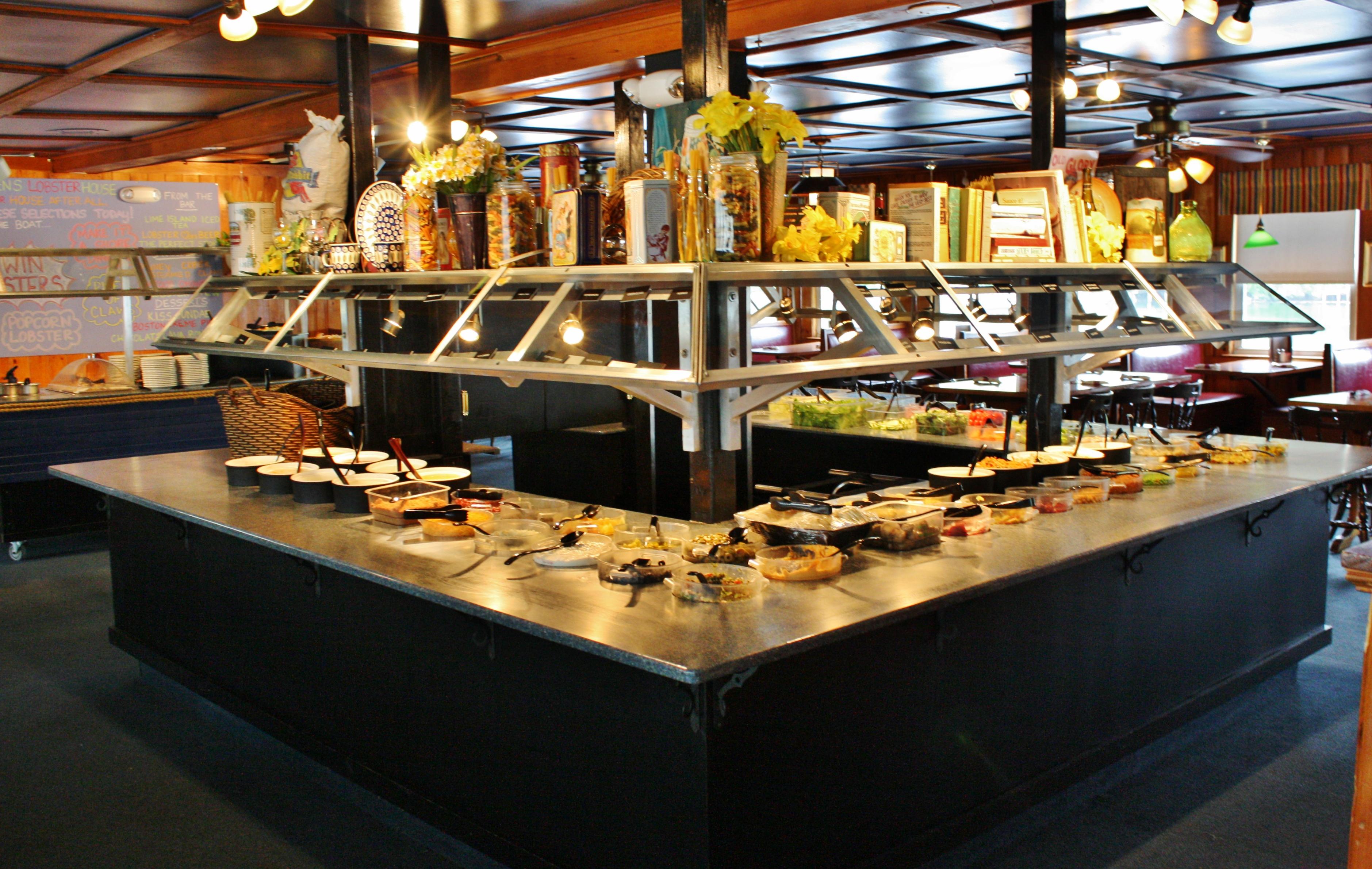 Seacoast's Finest Salad Bar | Warren's Lobster House